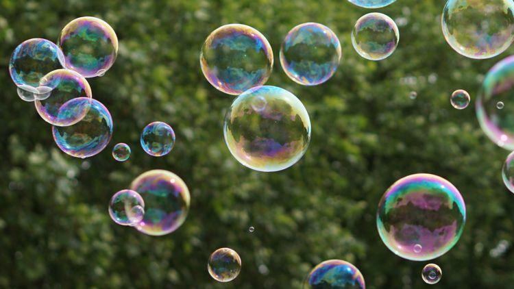 Cette image a un attribut alt vide; le nom du fichier est bulles3.jpg